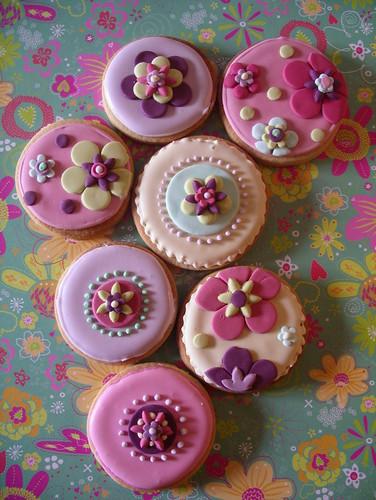 Retro bloom cookies