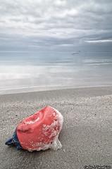 En tierra III (Carlos J. Teruel) Tags: espaa mar nikon paisaje murcia reflejo boya buoy 2010 d300 tokina1116 xaviersam