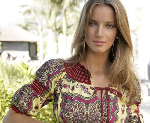 Moda mujer verano 2010, ropa para mujer de Almatrichi