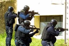 Nocs in azione a Paganica per liberare i tre bimbi sequestrati