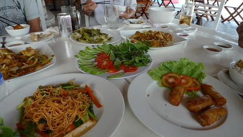 lunch at lang toi, bai sao, phu quoc