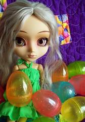 Happy Easter from Noelle! (partymonstrrrr) Tags: easter toy toys doll dolls egg eggs pullip noelle pullips zuora