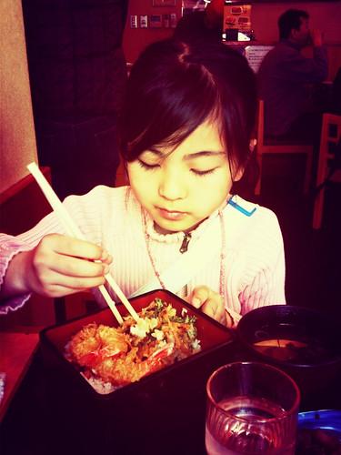 稽古後、娘と外食。至福の一時。