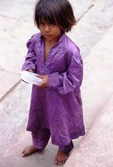 Child Begging (Peter Schnurman) Tags: india child delhi poor begging developingworld thirldworld