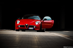 Alfa Romeo 8C Spider (Willem Rodenburg) Tags: red car photoshop germany spider essen nikon grim bordeaux spyder alfa romeo mm laurens alfaromeo rood supercar willem duitsland roadster lightroom 18105 sportcar 8c d40 rodenburg