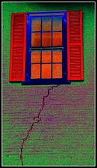 Bleeding Window (dnborgman) Tags: windows awardtree