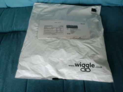 wiggleからのお荷物