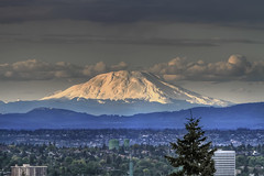 Mount St. Helens from Marquam Hill - HDR (David Gn Photography) Tags: oregon campus portland landscape pdx washingtonstate mountsthelens hdr eruption 30thanniversary oregonhealthscienceuniversity canonef70200mmf28lisusm marquamhill kohlerpavilion may18th1980 platinumheartaward canoneos7d platinumpeaceaward