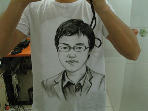 佐拉牌素描T恤