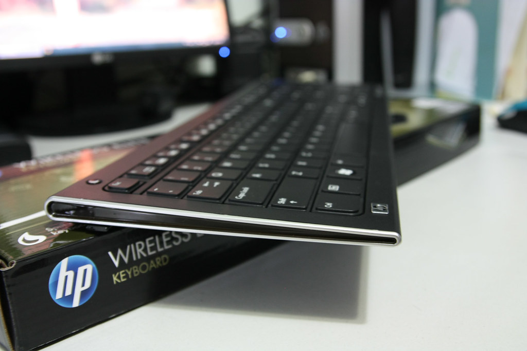 74 | HP wireless elite keyboard