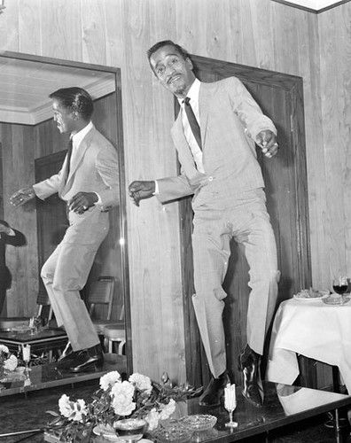 lm-sammy-davis-jr