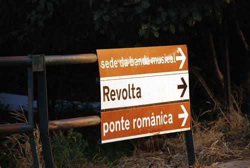 Revolta 001