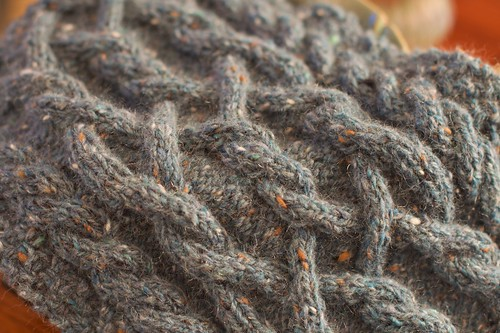 Dryad Scarf: cable detail