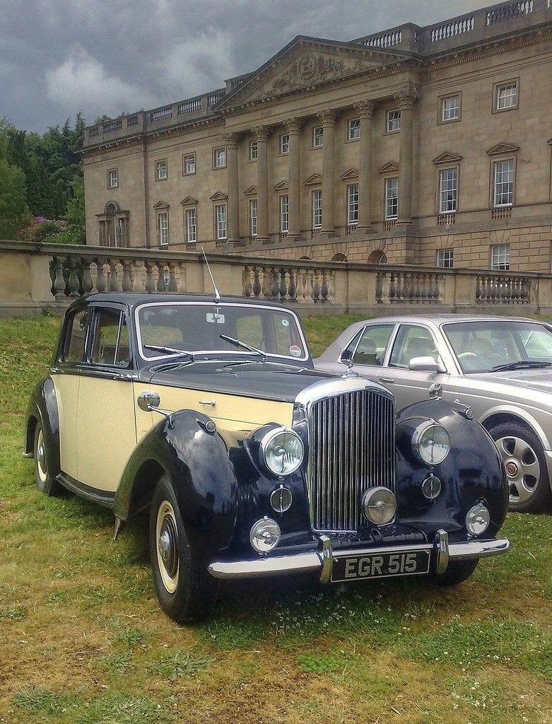 1955 Bentley R-type at Rolls Royce Rally 2010 Wentworth Castle, Barnsley, Yorkshire 3
