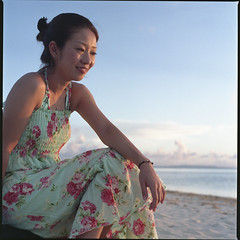 Most favorite time is twilight (Kannnnaaa) Tags: portrait hasselblad foryou saipan selfdevelopment pn160ns