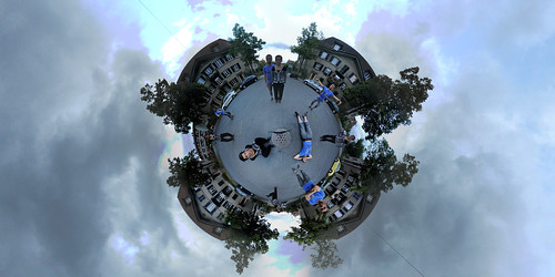 My sister and I - Little planet