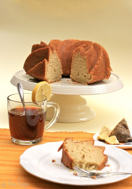 Lemon, ginger & pepper bundt cake