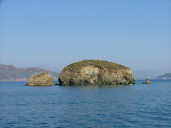 Akdeniz (Mediterranean Sea) - near Fethiye, Turkey (LeszekZadlo) Tags: blue water     turkeyturciaturcjamarenostrummareseamorzeakdenizwaterbluenaturenaturezanaturalezageologyhillsmountainstravelviajeviajartouristtripboattriplandscapelandschaftpaisajepajsage e