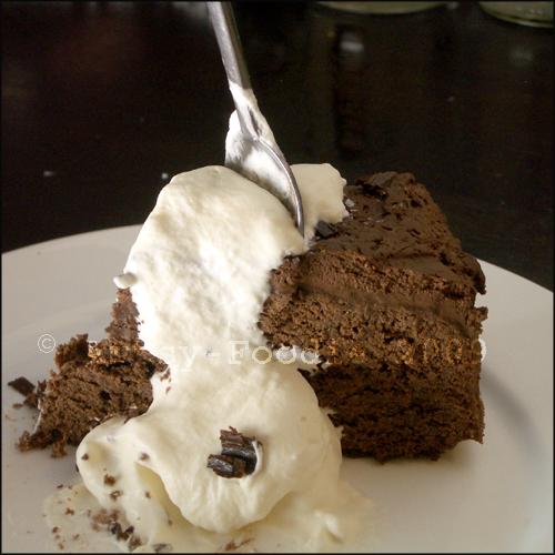 chocolateoverloadcakeslice