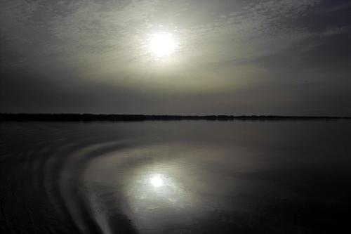 valencia-lake