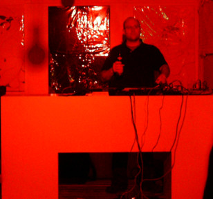 2009-04-10_Klirrbar: DJ Stinkhead