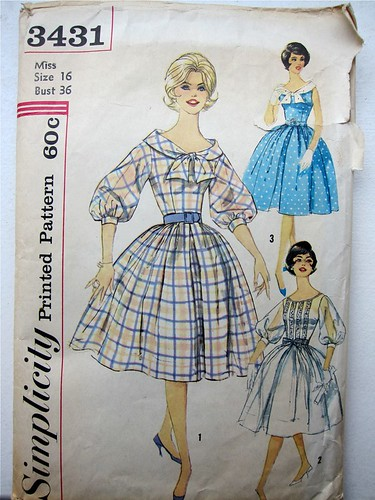 Vintage Simplicity 3431 Dress with full skirt