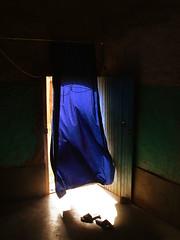 La casa nel deserto (frenkell) Tags: house casa morocco maroc essential marocco maghreb deserto magreb hassilabiad essentiality moroccanhouse marocco2009