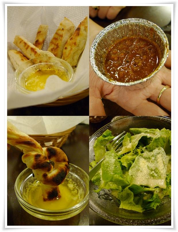 Breadsticks, Chili Con Carne, Caesar's Salad