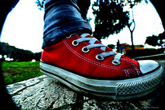Converse foot (~chaotic.dream) Tags: parco fish eye star nikon all converse acquedotti d3000