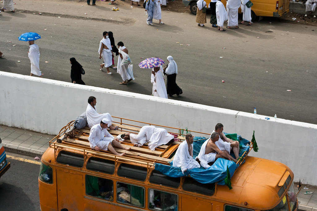 Hajj, Pilgrims, Mecca, In transit during Hajj