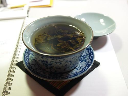 小茶栽堂的茶包拿來用蓋杯泡看看