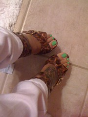 49218179 (chilltown1) Tags: feet toes ebony