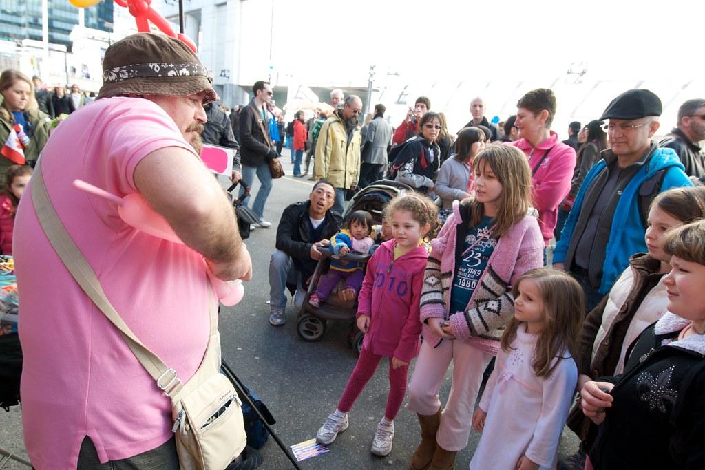Balloon Guy and Kids