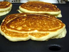 keri - griddle pancakes 1