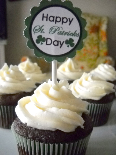 St Patrick's Day Printable Cupcake Toppers