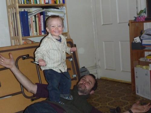 Papa as a balance beam