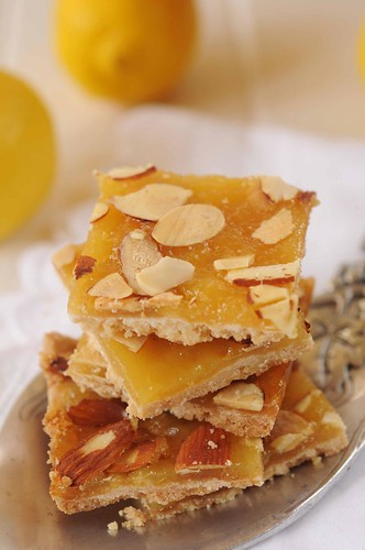 lemon almond squares