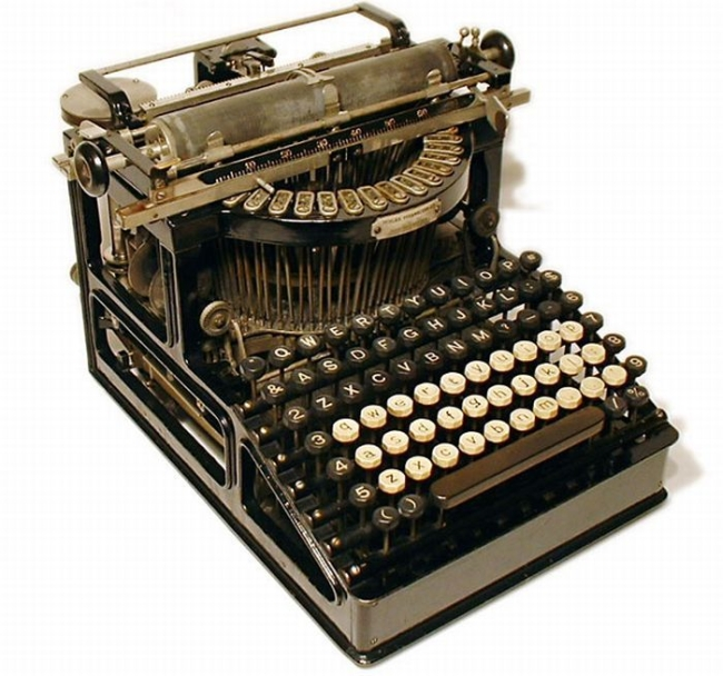 typewriter_30