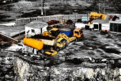 CANTERA BENZU (TINICHI) Tags: africa espaa sepia hdr cantera maquina estrecho maquinaria ceuta benzu