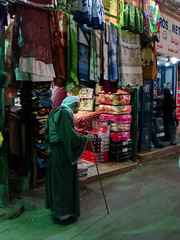 (totignoit) Tags: people glass egypt cairo bazar
