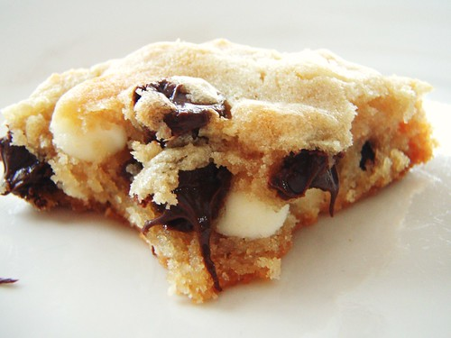 "alton brown's ""the chewy"" chocolate chip cookie - 45"