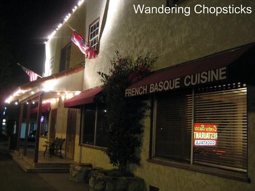 Centro Basco Restaurant - Chino 11