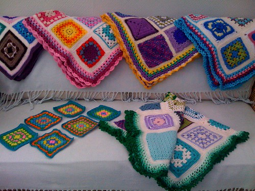 Squares from France arrived this morning. Vers Cythere Thank you so much. Beautiful colours!