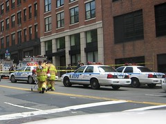 Bomb Scare at the Brooklyn Bridge (buff_wannabe) Tags: nyc cops police nypd policecar incident fdny policeline