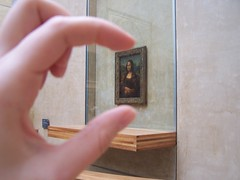 Ity Bitty Mini Mona (Lisa Kline1) Tags: world trip travel paris france art classic museum painting french miniature interestingness hands europe gallery artgallery little louvre famous monalisa davinci lisa mona frame leonardo foreign artmuseum airlines juxtaposition juxtapose hold timeless oilpainting masterpiece arthistory francais 2010 parisfrance franceparis thelouvre leonardodavinci themonalisa famouspainting louvrepalace airlinesamerican lisaklinetravelamerican vacationsworld