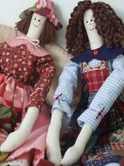 papinho de irmãs Chat OF SISTERS (AP.CAVALARI / ANA PAULA) Tags: dolls angels patchwork anjos asas tecido bonecasdepano bonecadetecido anjinhas anapaulacavalari apcavalari fabricdolss