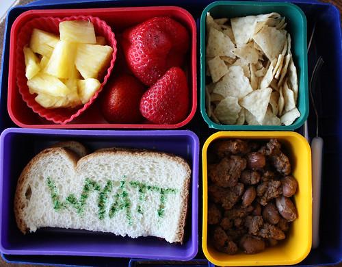 Kindergarten Bento #324: May 12, 2010