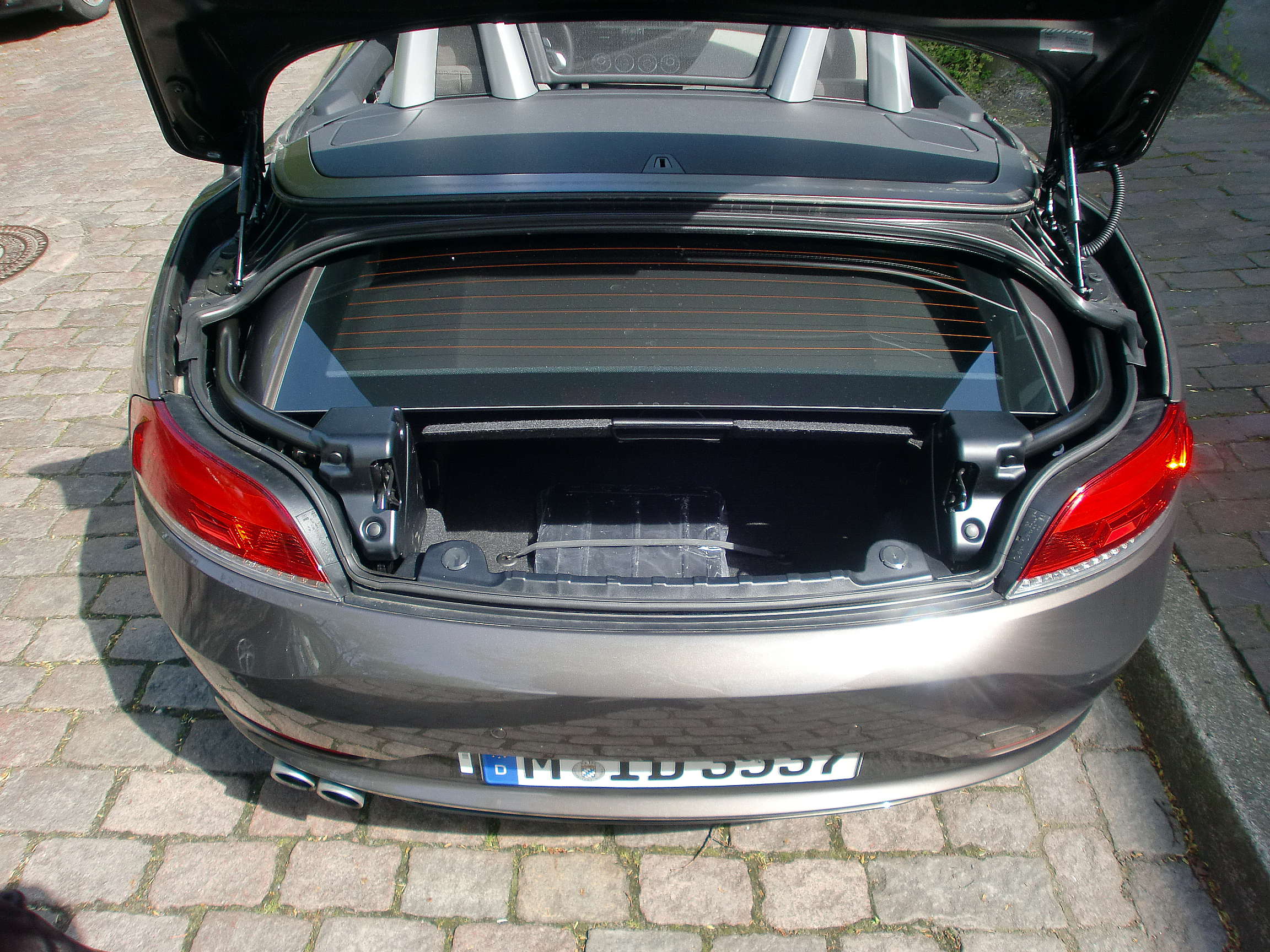 How Much Cargo Space Is In A Newish Z4 Vert Page 1