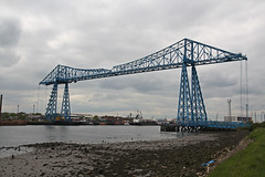 Tees Transporter Bridge (Tudor Barlow) Tags: spring bridges rivers middlesborough countydurham stocktonontees transporterbridge rivertees teestransporterbridge tamron1750 gradeiilistedbuilding rnbtees