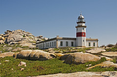 Faro de la isla de Sálvora (Io Bee) Tags: lighthouse faro farol phare leuchtturm faros faróis ayudaalanavegación europeanlighthouses faroseuropeos